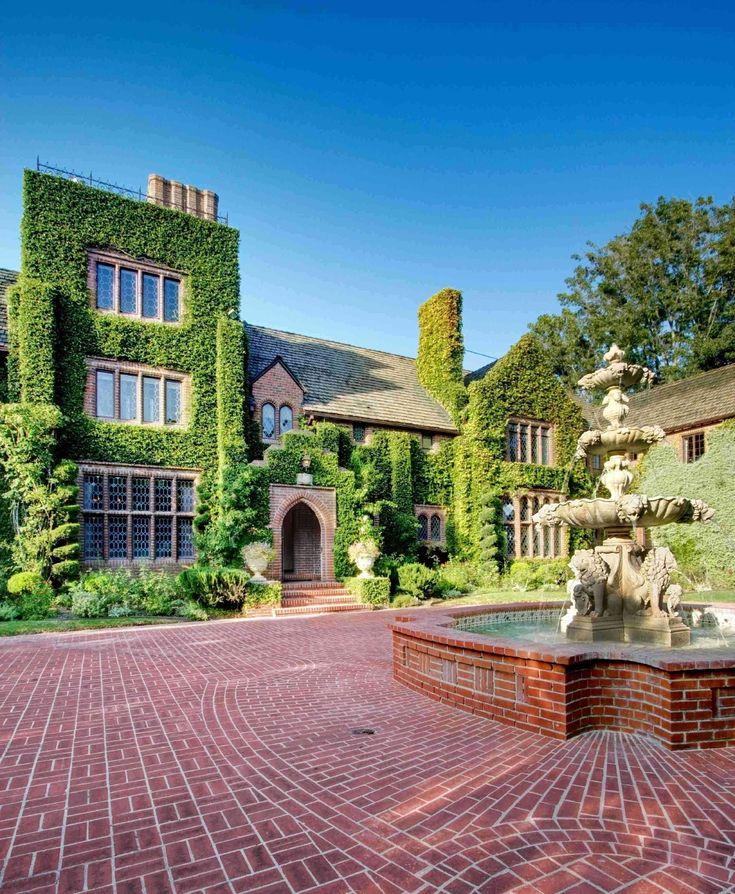 Best 25 celebrities homes ideas on pinterest - Nicolas kleine architect ...