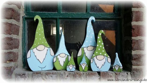 Deko-Objekte - Wichtel Gartenzwerge Zwerge Gnome Holz 3 Stück - ein Designerstück von Alexandra-Sangs bei DaWanda
