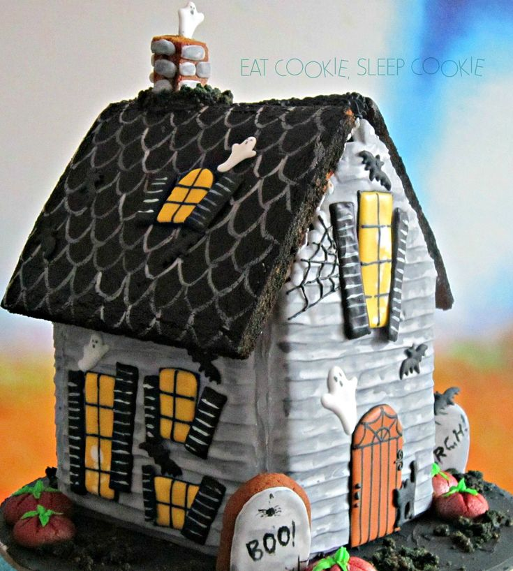 215 Best Gingerbread Houses Images On Pinterest Gingerbread