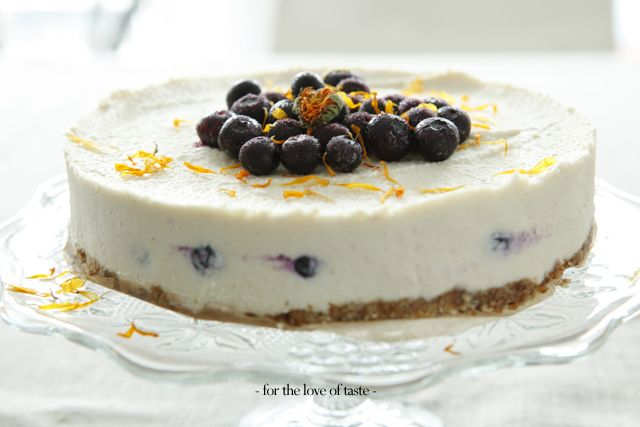blue berry cheesecake - gluten free & vegan