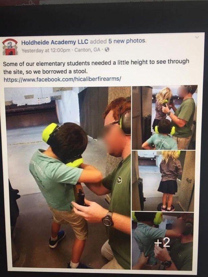 Escuela llevó a niños de 5 años a un campo de tiro. Lo que hicieron con ellos enfureció a los padres