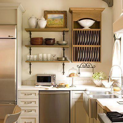 20 Kitchen Items to store Vertically.