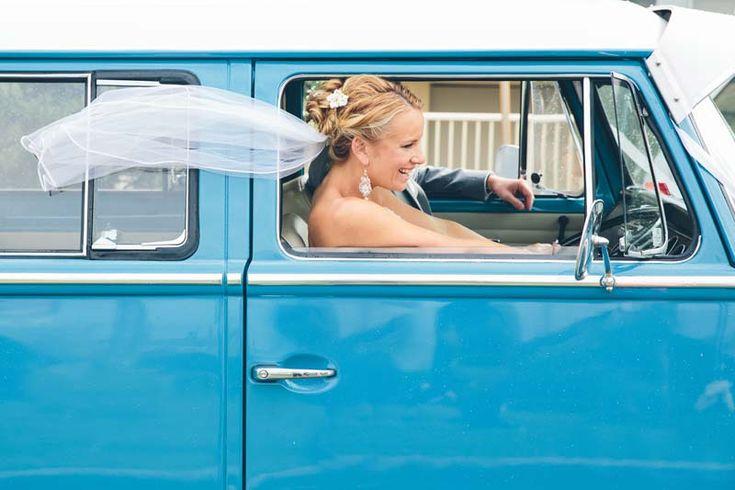 Runaway bride! #Kombi #Wedding #weddingcar