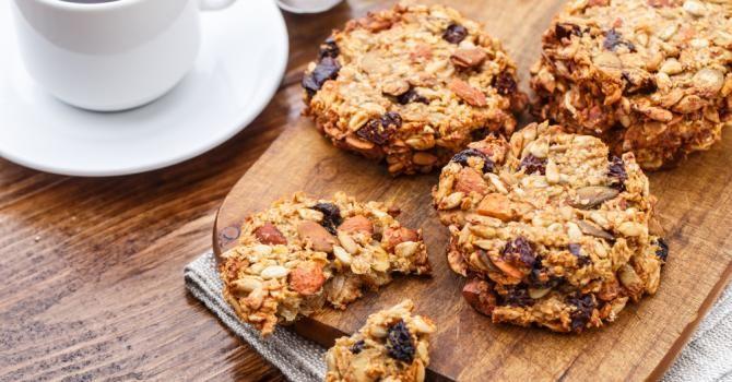 Recette de Cookies diététiques pour collation au bureau. Facile et rapide à réaliser, goûteuse et diététique. Ingrédients, préparation et recettes associées.