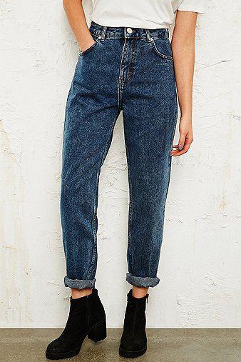 BDG Mom Jeans in Blue Wash