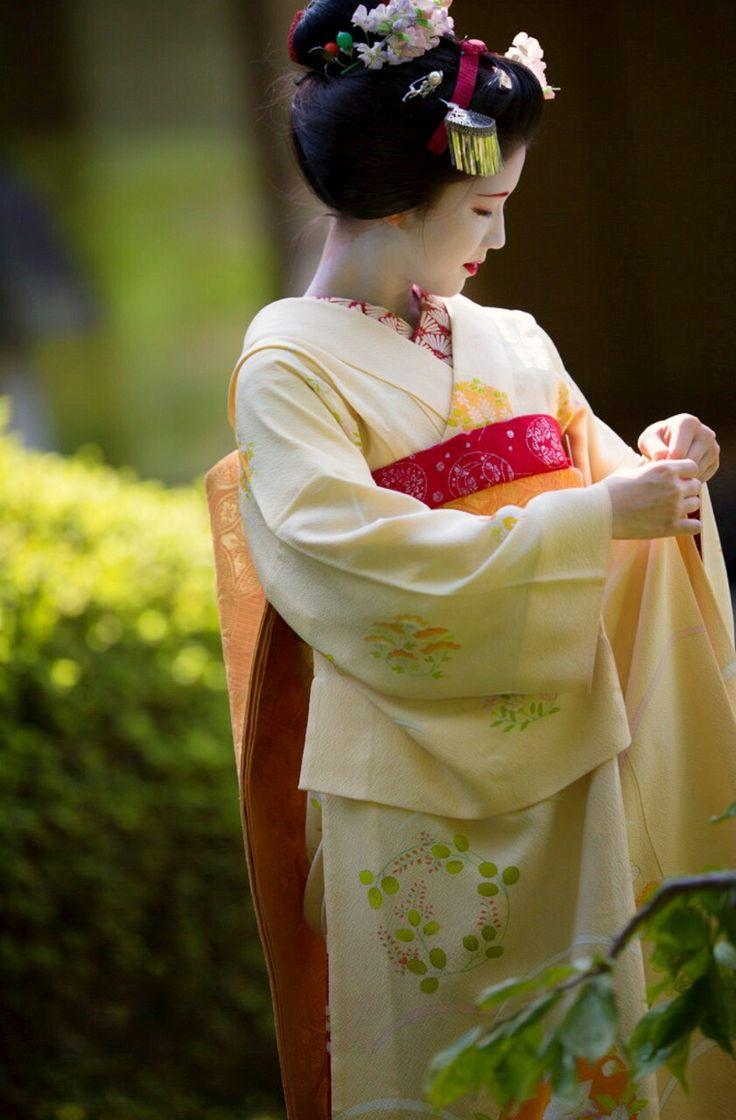 Katsuna, Daimonji Okiya, Kamishichiken