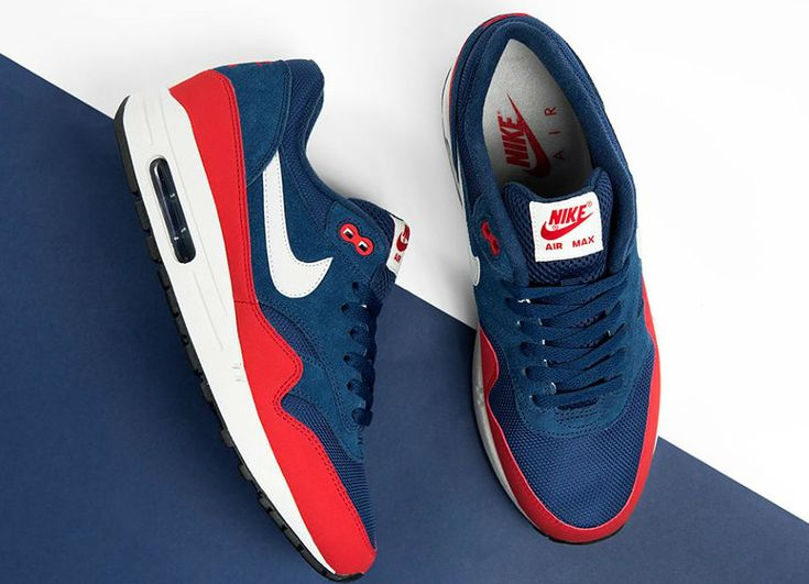 nike air max 90 essential white red blue mens trainers