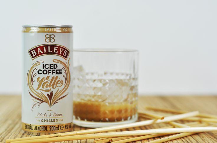 Neu und unvergleichlich lecker: Baileys Iced Coffee Latte mit aromatischem Arabica- und Robusta-Kaffee sowie Milch.
