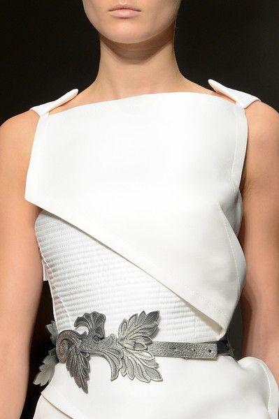 Gianfranco Ferré Spring 2013 - Details - pencil skirt ? top and bottom comb to make more comerical