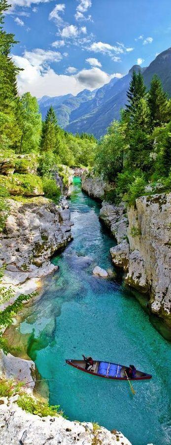Río Esmeralda, Soča, Eslovenia