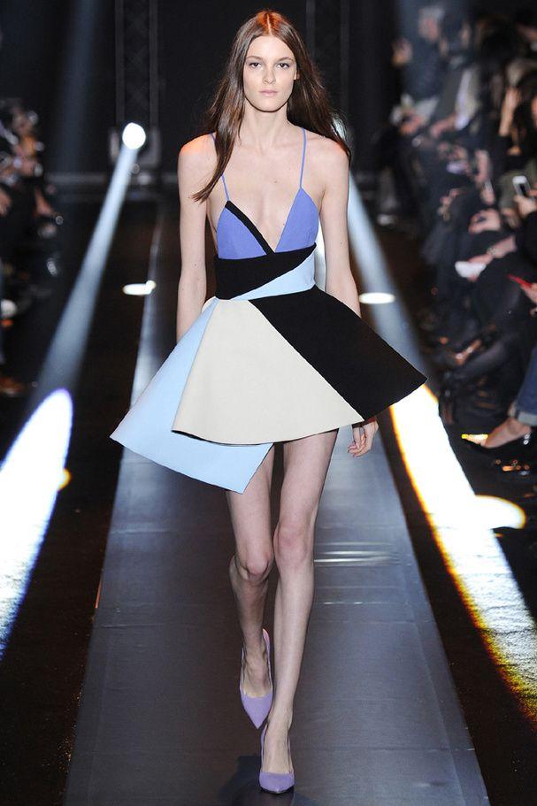 La robe cygne du défilé Lanvin à Paris