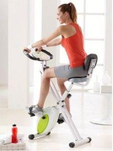 Maigrir avec le vélo d'appartement : une séance de fractionné