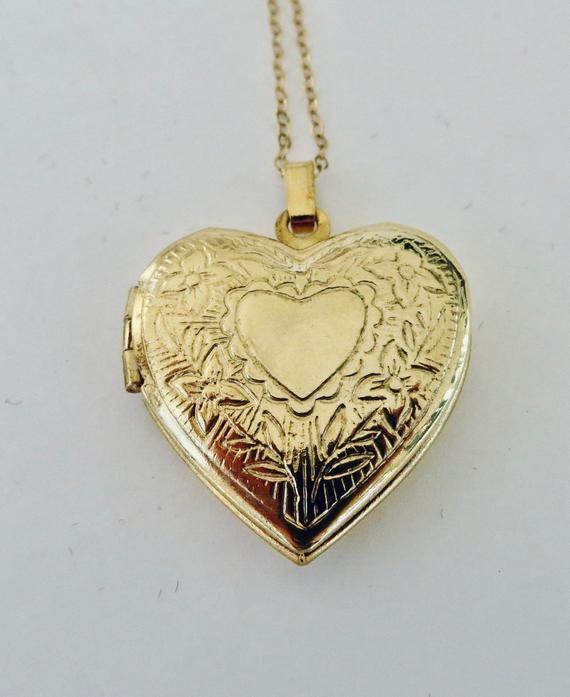 1227 Stone Heart Pendant Necklace Vintage