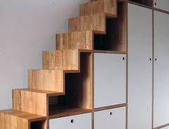 Treppenregal | Kundenentwurf | Fotografie: holzart