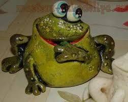 Картинки по запросу лягушка из полимерной глины мастер класс