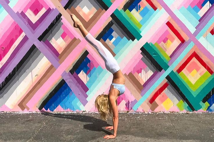 We reached out to six of the best yogis to find out which yoga tights they rely on for their practice.