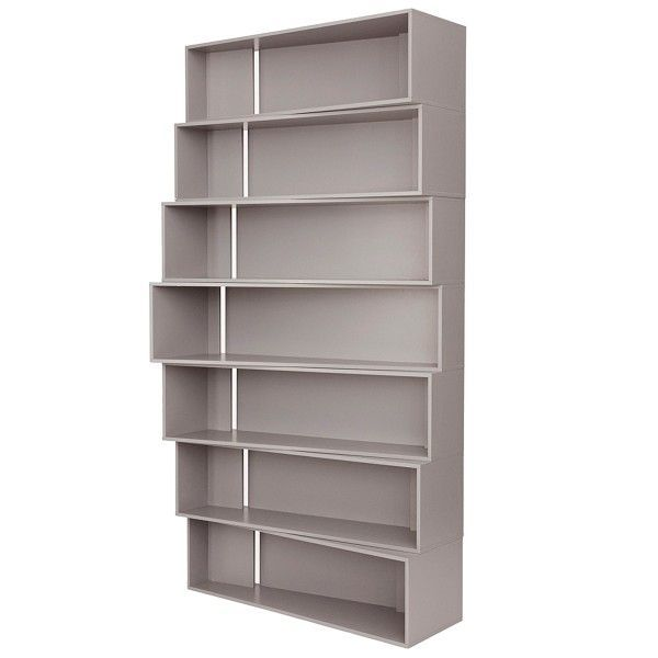 frama vinkel boekenkast ontworpen door kevin hviid en mikkel damsbo speling met perspectief