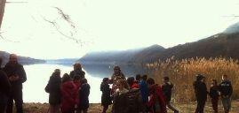 """Gli studenti """"seminano"""" i nuovi pesci del Lago d'Orta"""