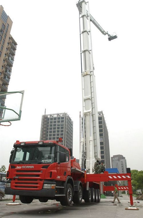World's most advanced fire truck can reach 400-meter roof #Aerial #Ladder #Fire #Rescue #Setcom