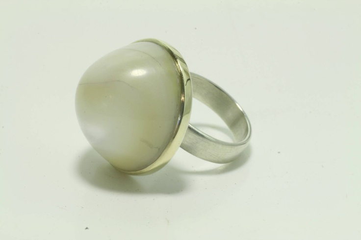 18ct, Sterling Silver & Mother of Pearl 'Dome' Ring  www.jeremyleeming.com