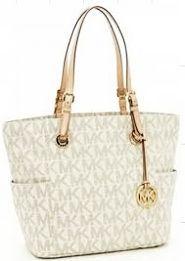 Authentic Michael Kors purse Very good condition Michael Kors Bags Shoulder Bags
