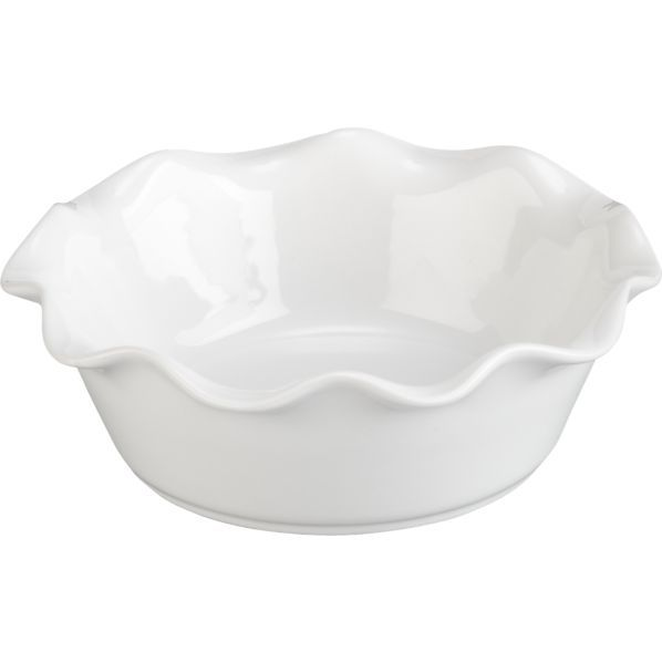 This mini pie dish is so cute... I'd love to get my hands on some of these and bake up a few individual sized chicken pot pies... mmm.