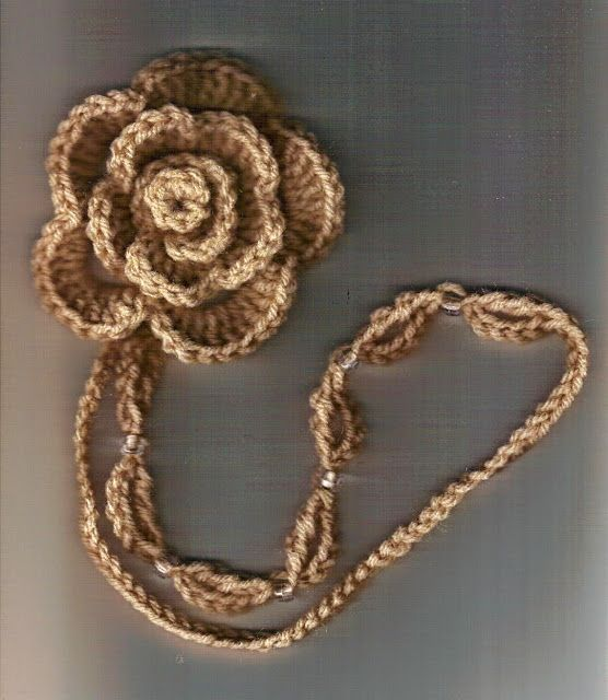 time 2 crochet-n-craft: Crocheted Rose Curtain Tie Back