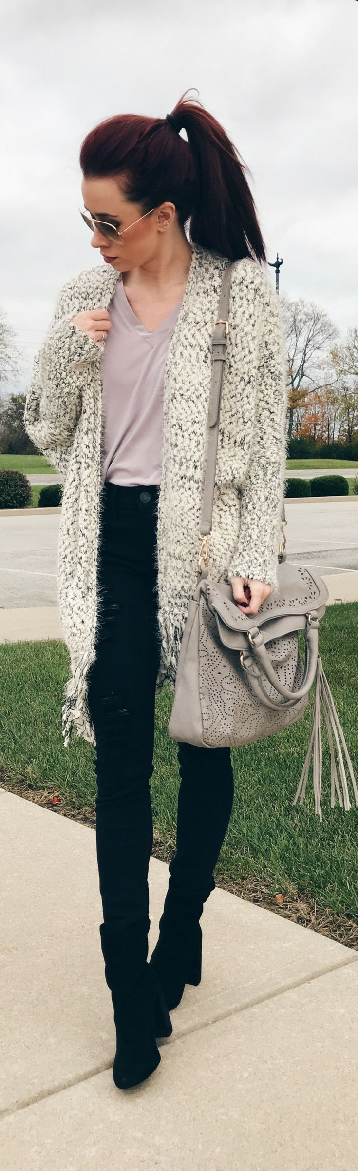 Fall Style || Winter Style || Sweater Weather || Blogger Style || Midwest Fashion || Casual Style || Style Inspiration || Hair Inspiration || Travel Style || Women's Fashion || Indianapolis || High Ponytail || Outfit Inspiration