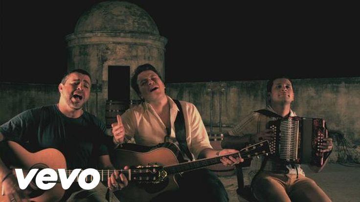 Gusi & Beto - Como Me Duele ft. Luis Enrique