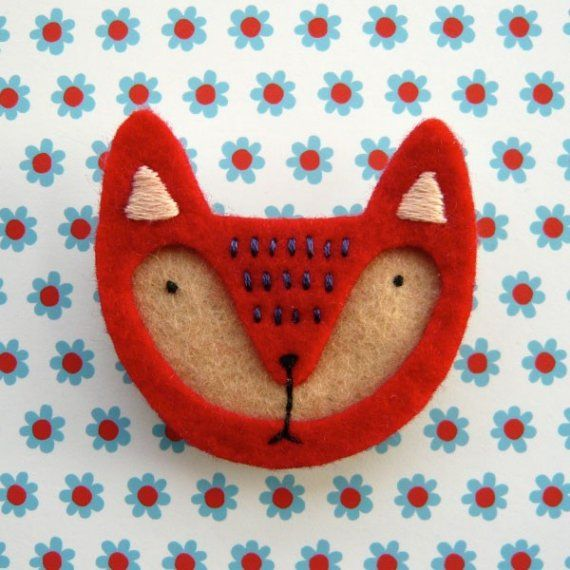 Red Fox - felt brooch