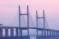 Severn Bridge tolls to be scrapped at the end of 2018 Daily users could save about 1600 a year once the charges are abolished; the move is expected to bring 100 million to South Wales annually  The Severn Bridge toll is to be scrapped from the end of 2018 saving the two crossings 25 million-plus annual users about 1600 per year.  Drivers of vehicles with up to nine seats are currently charged 6.70 to cross westbound from England into Wales while larger vehicles with up to 17 seats or goods…