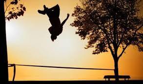 [走繩運動] 沒有時間到戶外只有空到學校?或是到戶外只是散步?你也許可以嘗試走繩運動