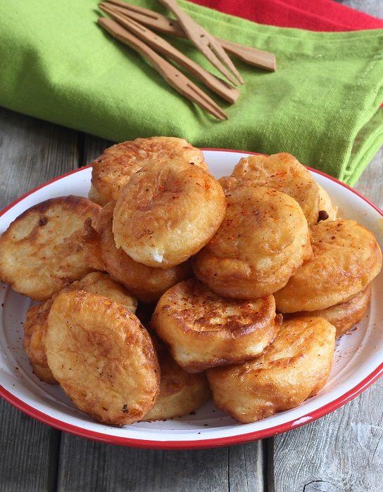 Des beignets de fromage basque pour un apéritif dinatoire.