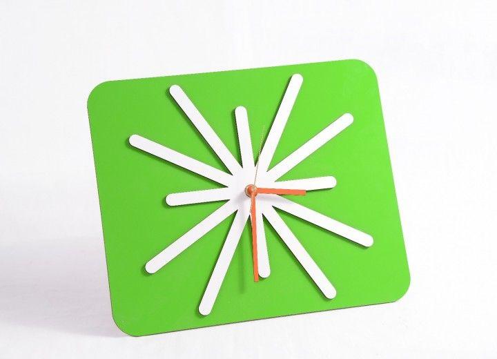 Este producto fue lanzado como un producto utilizado en regalería empresarial, en el año 2015. Se inicio como una nueva linea de productos reciclados y de diseño. Obteniendo así una gran aceptación en el ámbito comerc