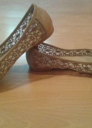 Kup mój przedmiot na #vintedpl http://www.vinted.pl/damskie-obuwie/balerinki/9878397-bezowe-balerinki-koronka-rozmiar-38