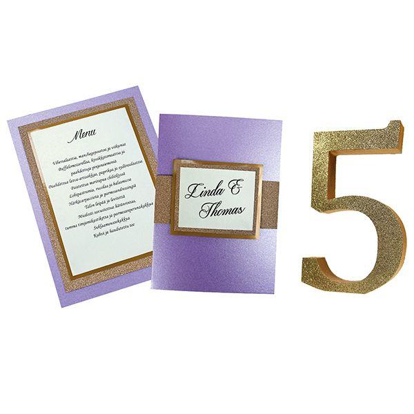 Kimaltavilla ViviGade-papereilla saat juhlavat kutsu- ja menukortit. Pöytänumeroiksi sopivat MDF-kirjaimet, jotka voit käsitellä mieleisiksesi.