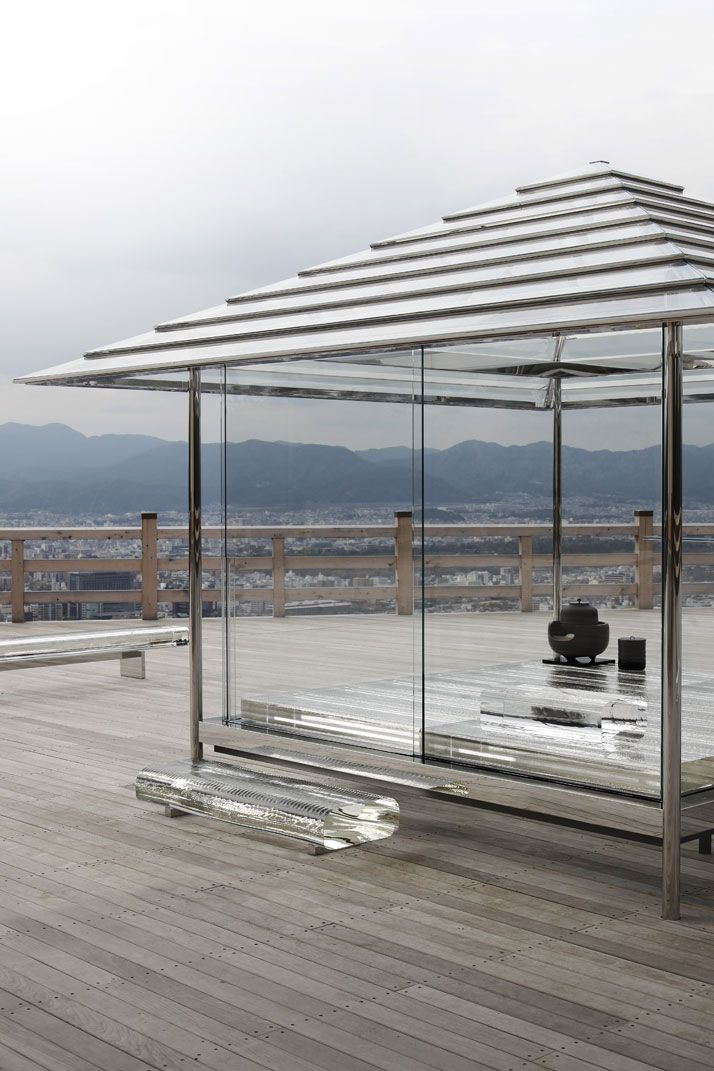 Making Time Visible: Tokujin Yoshioka's Glass Tea House in Kyoto, Japan | Yatzer
