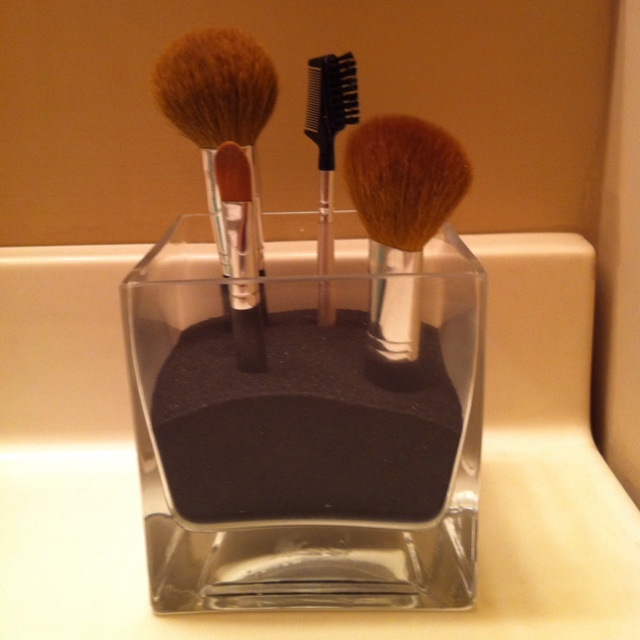 Not a craft,.. but it's my pinterest inspired makeup brush holder :)