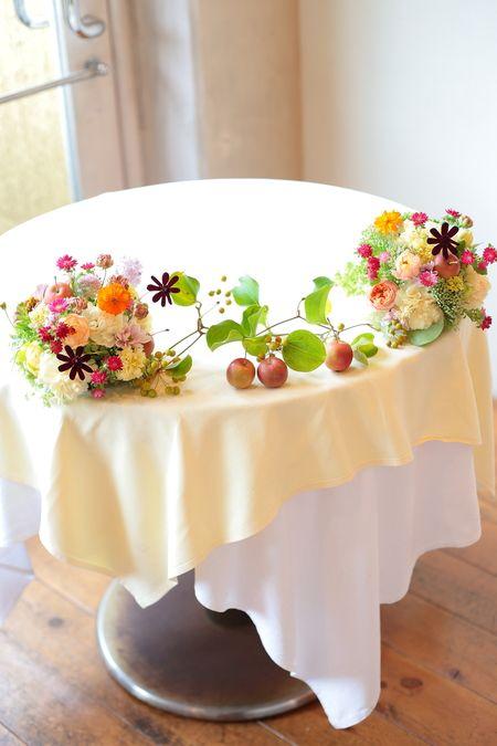 秋の装花 草花で、明るく楽しい結婚式の花に 幕張オレアジ様へ : 一会 ウエディングの花