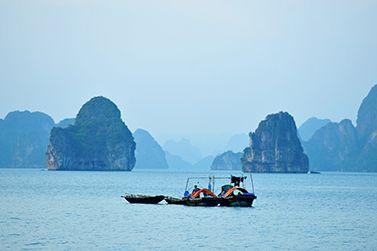 Se la crociera Baia di Halong è in vostro itinerario del viaggio in Vietnam, qui ci sono dei consigli da considerare preparando la valigia...