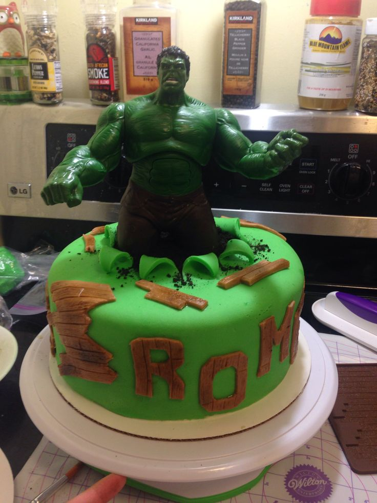 Easy Incredible Hulk cake. :)
