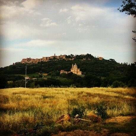 #iltosco #montepulciano #tuscany #italy #luxuryhotelitaly #luxuryhotel #luxury #holiday #travel #relax #guesthouse #historicalhouse #enjoy #booknow #travelexperience #traveller #uniqueathmosphere #yourhomeintuscany #solocosebelle #honeymoon #love #homemadefood #italianexperience    #winelovers #wineroute #nobilewine #wine #experience #foodlovers #bnb