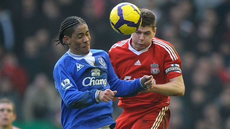 Pienaar rates Steven Gerrard as his toughest opponent