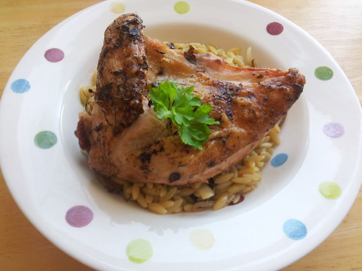 Roast chicken with Mushroom and Thyme Orzo pasta: Low residue diet and high lactose intolerance friendly