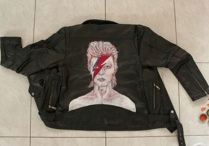 David bowie on leather jacket #davidbowie #drawing