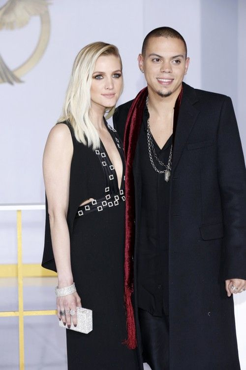 Ashlee Simpson & Evan Ross Expecting First Child Together