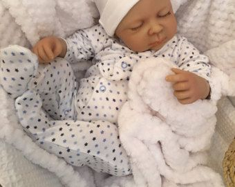 STUNNING SOPHIE BIG NEWBORN SIZE 22 WEIGHT APPROX 4LBS REBORN BABY DOLL COMES WITH A CARE SHEET AND BIRTH CERTIFICATE  MY FAKE BABIES 22  BIG BABY THESE ARE BIG CUDDLY BABIES proper newborn baby size FANTASTIC VALUE FOR MONEY   WE HAVE BEEN MAKING THESE FAB BABIES FOR OVER 5 YEARS   FIT NEWBORN CLOTHING SO VERY EASY TO FIND CLOTHES FOR.   SOPHIE IS HAND MADE AND HAND PAINTED SHE COMES WITH HAND PAINTED BROWN HAIR   BUT SHE DOES NOT HAVE THE VEINS AND DETAILING AS MY OTHER BABIES SO MAKING…