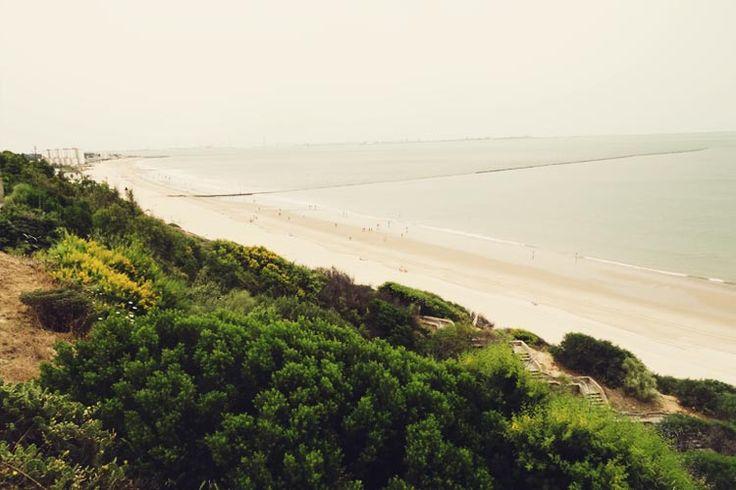 meditation and yoga retreat in spain beach 2