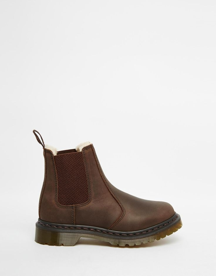 1000 images about shoes on pinterest trainers nike and dr martens chelsea boot