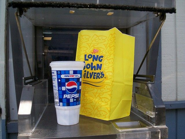 Long John Silver's Serves The Worst Fast Food Meal | #foodplatter